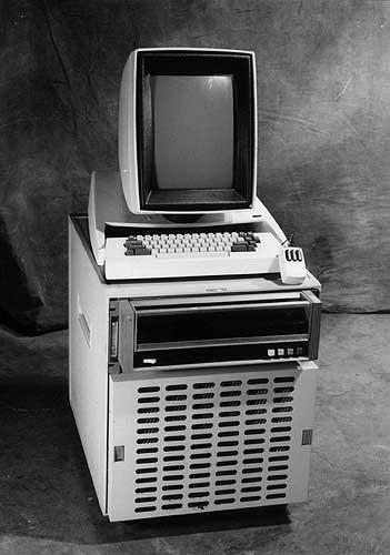 http://www.filfre.net/wp-content/uploads/2013/01/Xerox-Alto.jpg