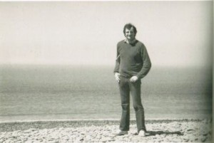 Douglas Adams on the beach at Exmoor National Park in May 1984, where he and Steve Meretzky finished the Hitchhiker's design