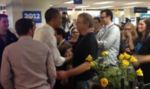 Barack Obama shakes hands with Mark Pelczarski, November 7, 2012